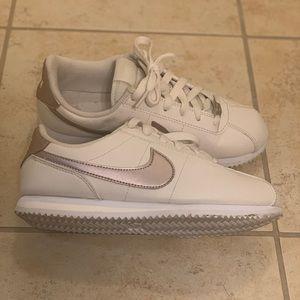 Nike Cortez Sneakers (Girls(Big Kids) / Women's)